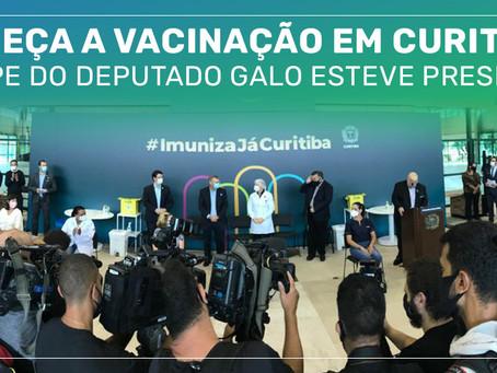 Começa a vacinação em Curitiba