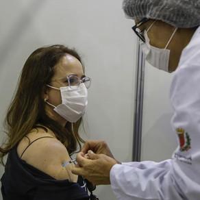 Saiba quem se vacina em Curitiba nesta quinta (7)