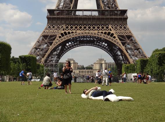 Doudou Eiffel 1.png