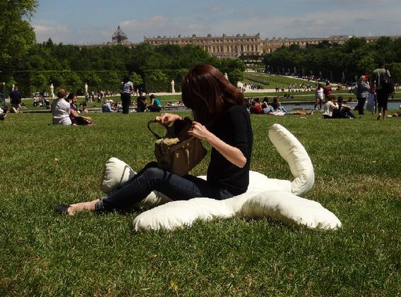 Doudou Versailles 2.png