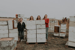 Dash Apiary Farm Family Photos Web-5.jpg
