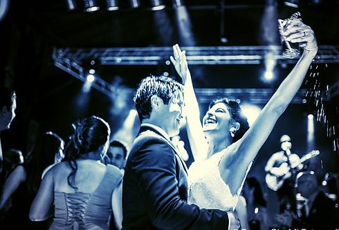 noivos no casamento - zp banda