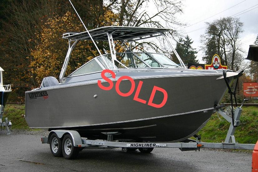 LIFETIMER 2450LE Welded Aluminum Boat