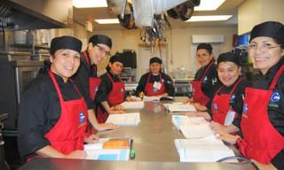 Programa de capacitación culinaria bilingüe se expandirá en la región, brindará mayores oportunidade