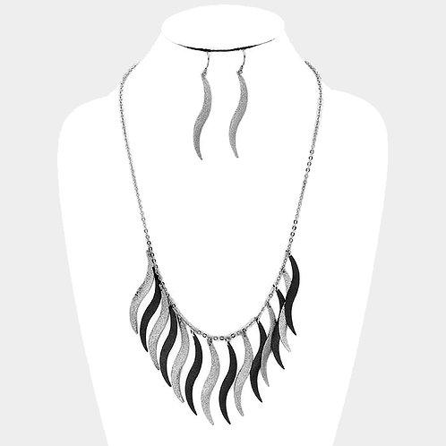 Silver & Black Swerve Set