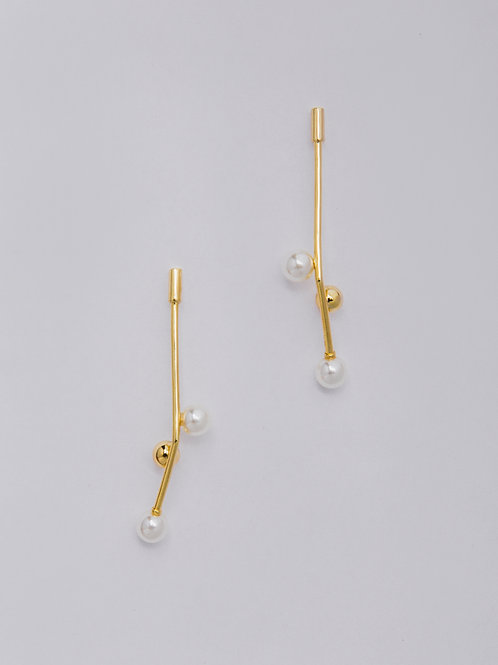 Pearl Sprout Earrings