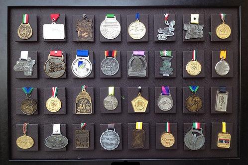 Medallero de 32 posiciones color chocolate