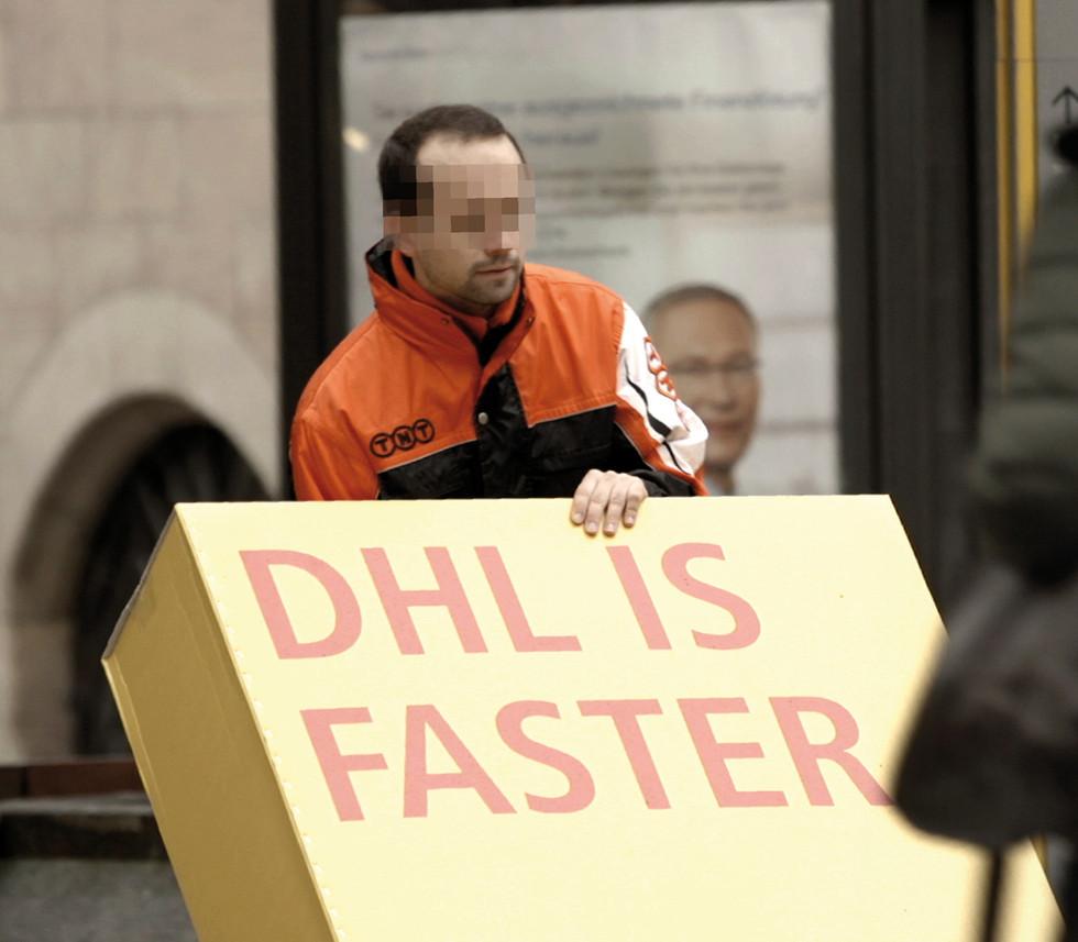 DHL_trojanisches-Mailing_1.jpg