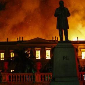 Fogo no Museu Nacional