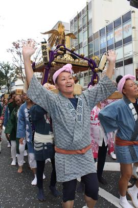 横須賀神輿パレード (60).jpg