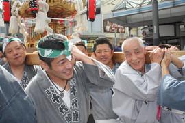 横須賀神輿パレード (54).jpg