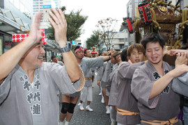 横須賀神輿パレード (45).jpg