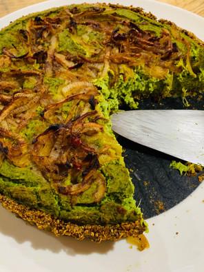 Spinach & Caramelised Onion Vegan Quiche w Quinoa Crust