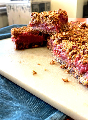 Rhubarb Crumble Breakfast Slice