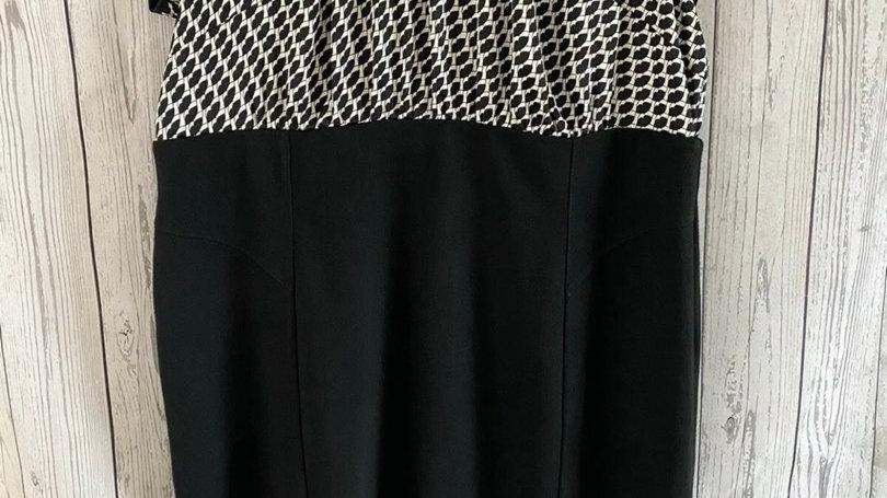 Womens / Ladies Marks & Spencer Black & White Dress Size 20 Excellent