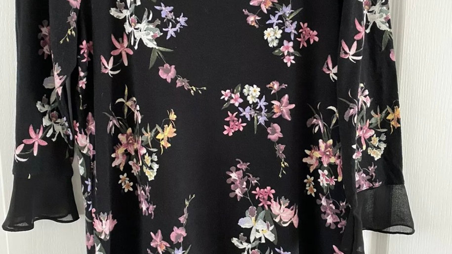 Womens / Ladies Marks & Spencer Black Floral 3/4 Sleeve Top Size 12 Excellent