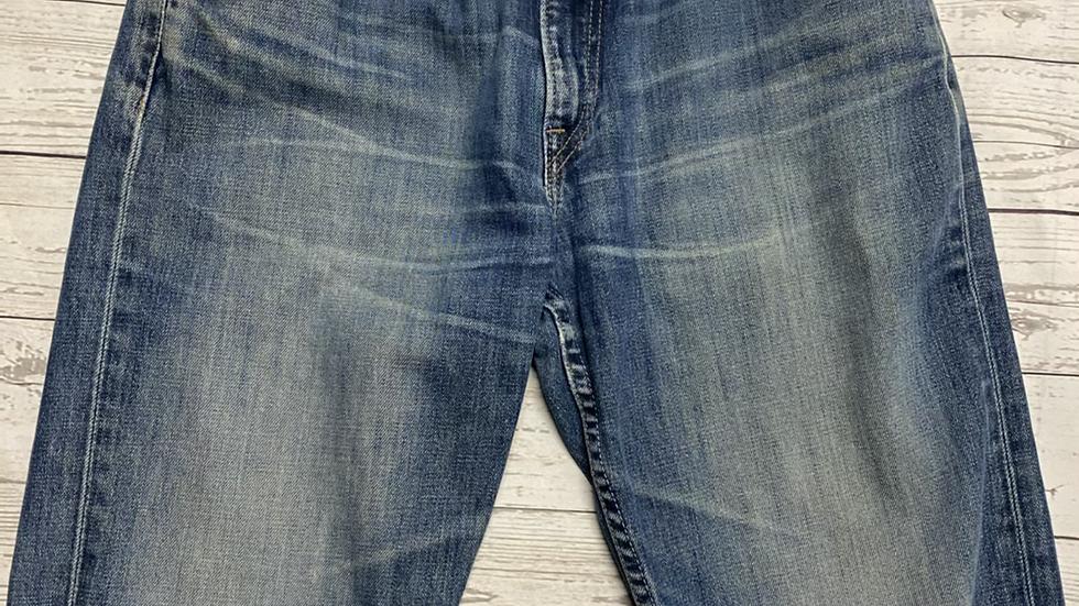 Men's Levi's 507 denim distressed denim shorts size 33' waist excellent condtion
