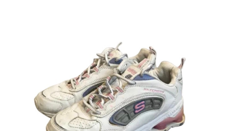 Kids / girls white shock Sketchers trainers size 2 Good Condition