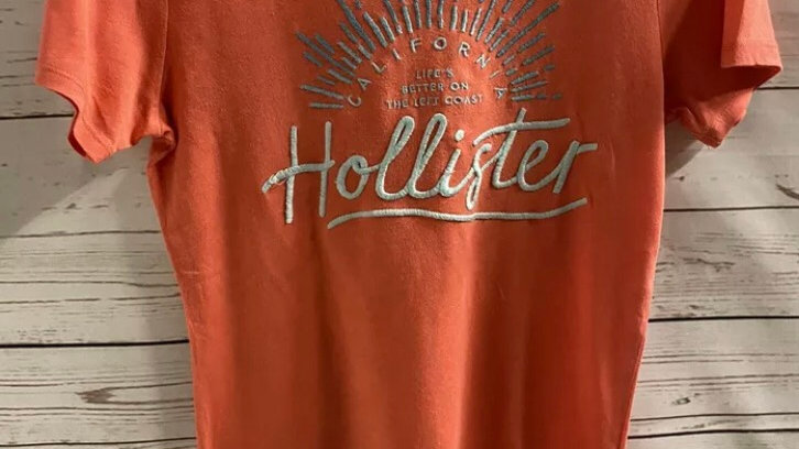 Womens / Ladies Hollister Coral Short Sleeve T-Shirt Size Small Excellent
