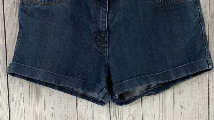 Womens / Ladies Blue Denim Shorts Size 14 Immaculate Condition