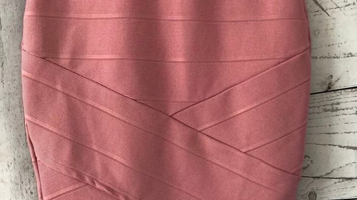 Womens / Ladies Miss Selfridge Elasticated Pink Ribbed Skirt Size 8 - Immaculate