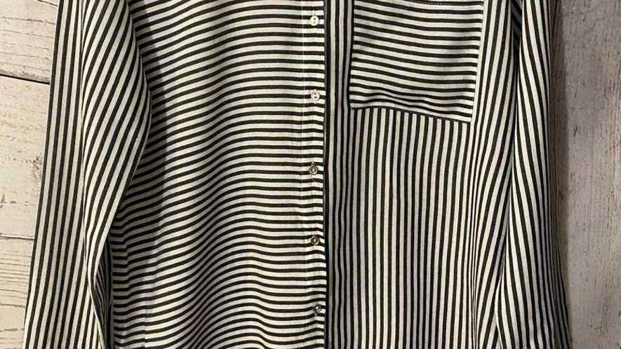 Womens / Ladies River Island Black / White Stripe Shirt Top Size 8 - Excellent