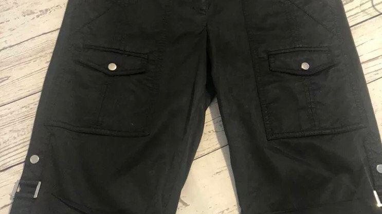 Womens / Ladies Karen Millen Black Satin Feel Knee Short Size 8 Immaculate