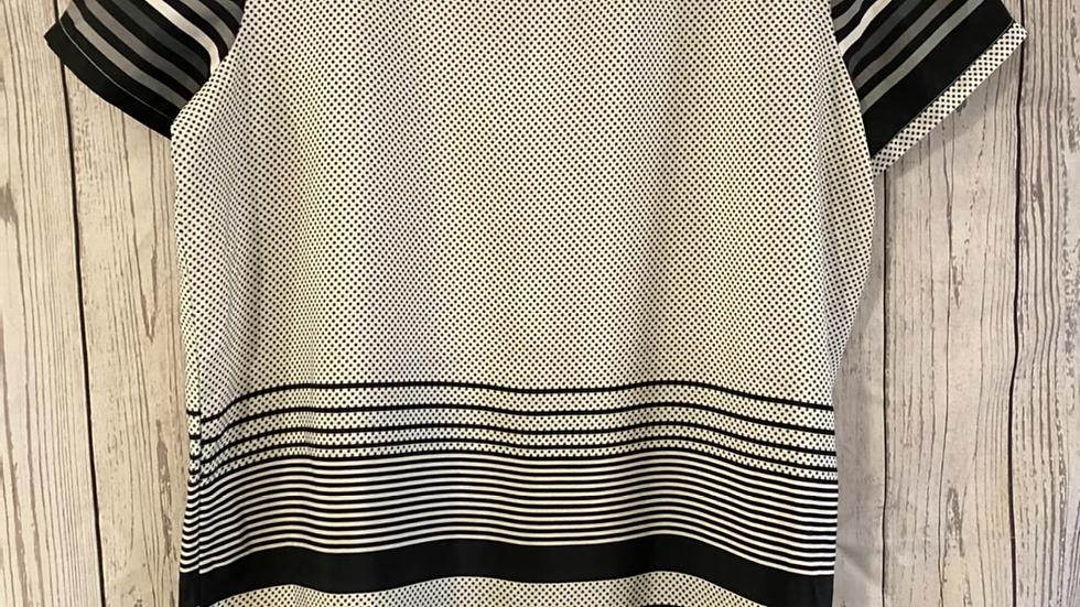 Womens / Ladies Boohoo Satin Black Grey Short Sleeve Dress Size 16 Immaculate