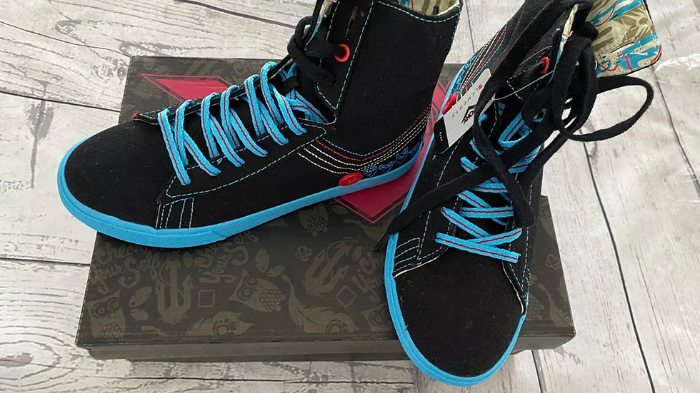 Pony FTD Gleason Black Blue Canvas HI Top Trainers Size 4.5 UK New In Box