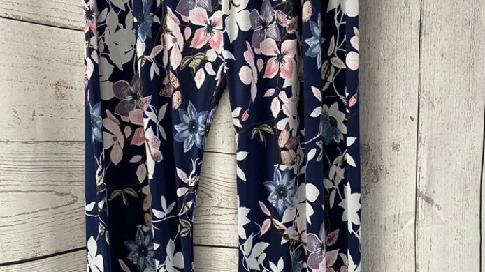 Womens / Ladies Urban Navy floral Flow Trousers Size L/XL 16-18 New With Tags