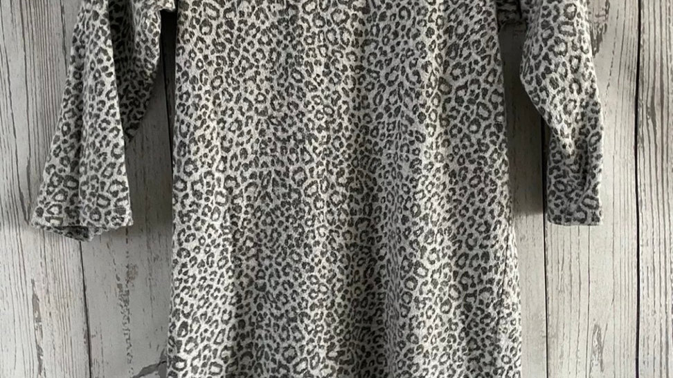 Womens / Ladies Evie Grey Leopard Print Sweater Size 8 Excellent