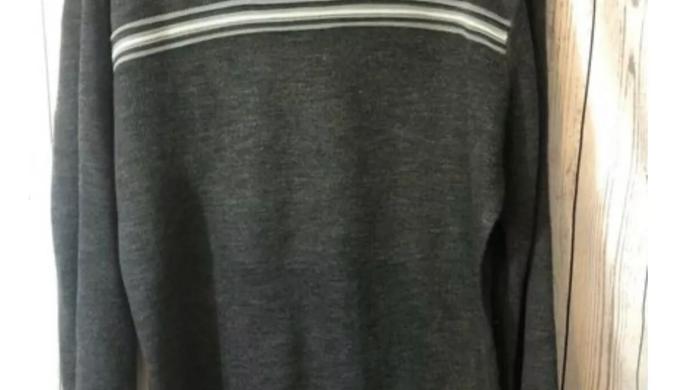 Men's Grey & Black Penn Round Neck Jumper- Size Medium - Immaculate