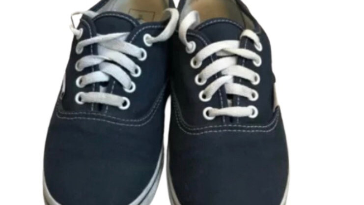 Boys Vans Blue Trainers sneakers size 5.5 good used condtion
