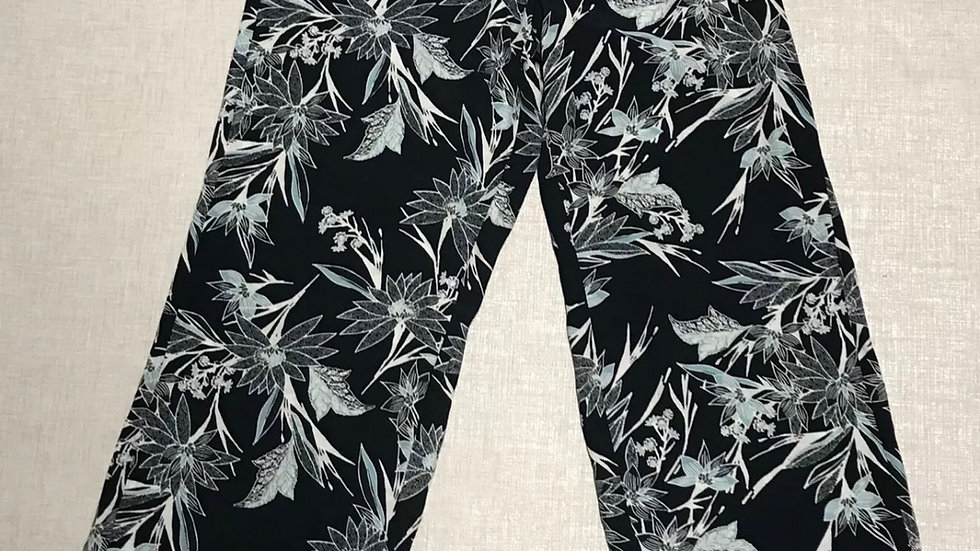 Womens / Ladies Marks & Spencer  Black Floral Flow Wide Trousers Size 10
