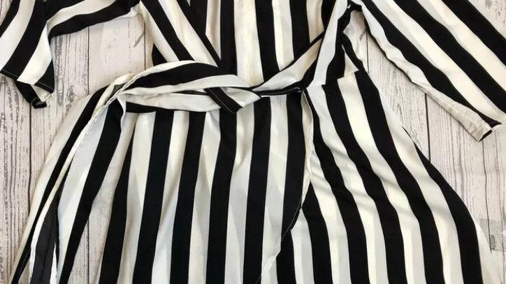 Womens / Ladies Pretty Little Thing Black White Stripe Wrap Dress Size 10 NEW