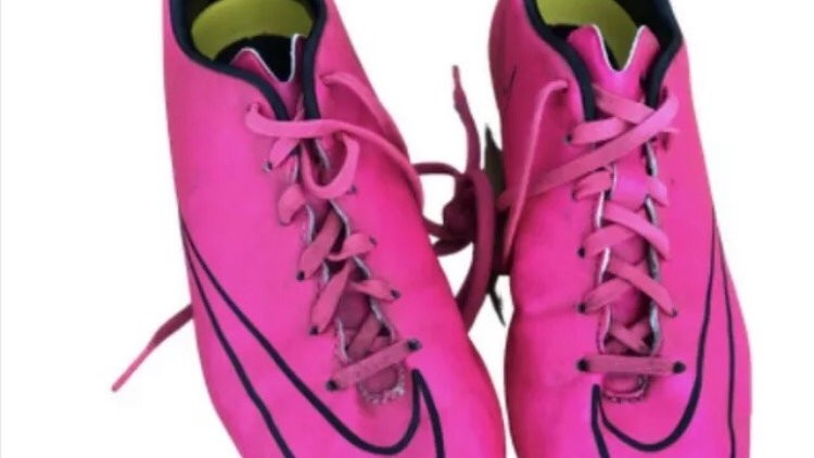 nike mercurial Pink Football Boots Size 5 good Condition