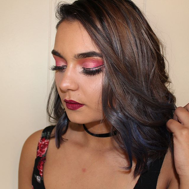 Styled, glammed & photographed by me 💄�