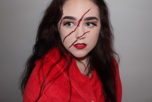 Little red riding hood got scratched by