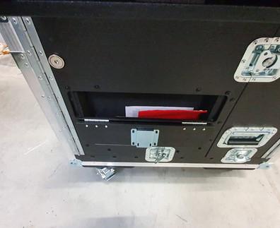 X32 Compact vakje.jpg
