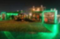 Beck's Festivalmodul, Messebau, Festival, Festivalproduktion, Festivalstand, Festivalmodul, Holzbau, Tischlerei, Messestand, Hamburg, Container, Containerbau, Containermodul, Containerbar, Containerumbau, Containerhotel, Nomade & könig, Foodtruck, Bartruck, Busumbau, Gestaltung, Design, Produktion, Blackdata, Blackdata Construction, Verkaufsstand, Bar, Tresen