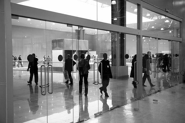 Large_glass_doors.jpg