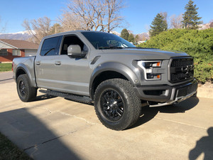 Review: 2018 Ford Raptor - I drove a Raptor for a weekend and I don't know who I am anymore