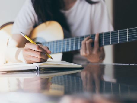 How to Write Lyrics to Love Songs