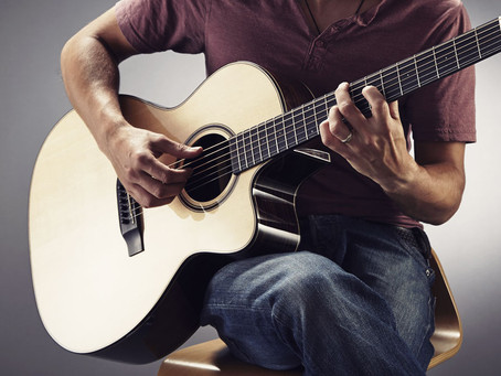5 Reasons To Start Learning With An Acoustic Guitar