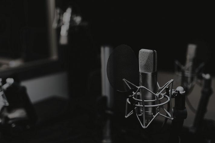 Studio%2520Microphone_edited_edited.jpg
