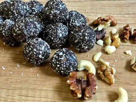 Raw Cacao Bites