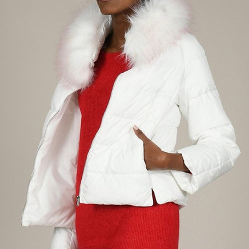 White Puffer Jacket With  Faux Fur