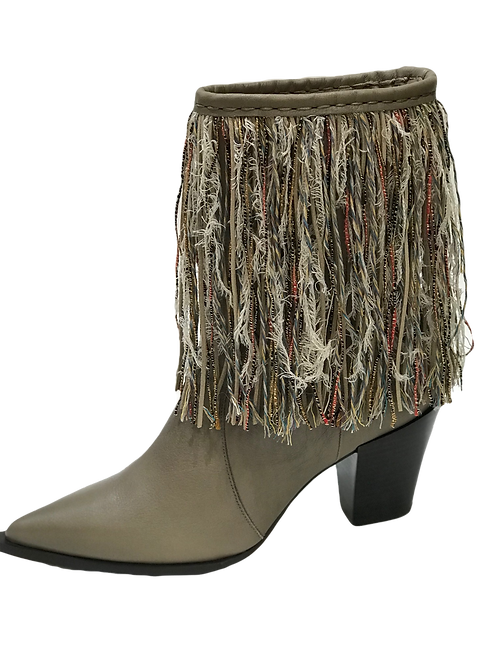 Ras Fringe Pointed Toe Boots