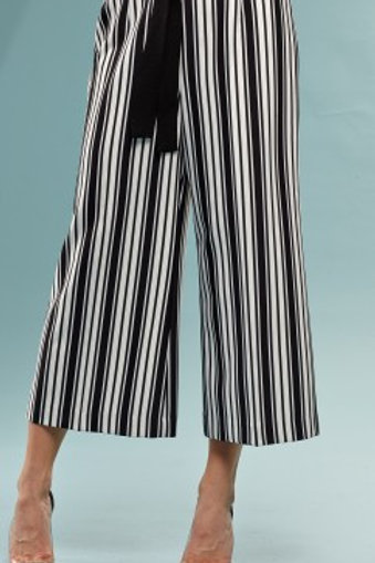 Stripped Wide leg Statement Pant