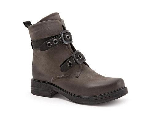 Gidget Boots